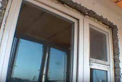 демонтаж окна балкона